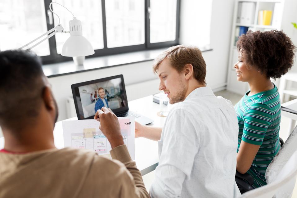 Vidéoconférence  Quels sont les principaux outils pour des réunions en ligne